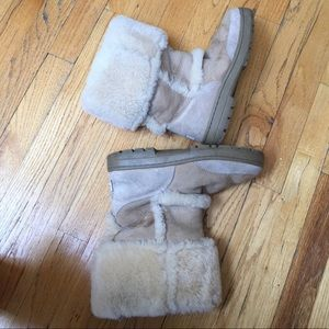 Womens Sand Uggs Size 8